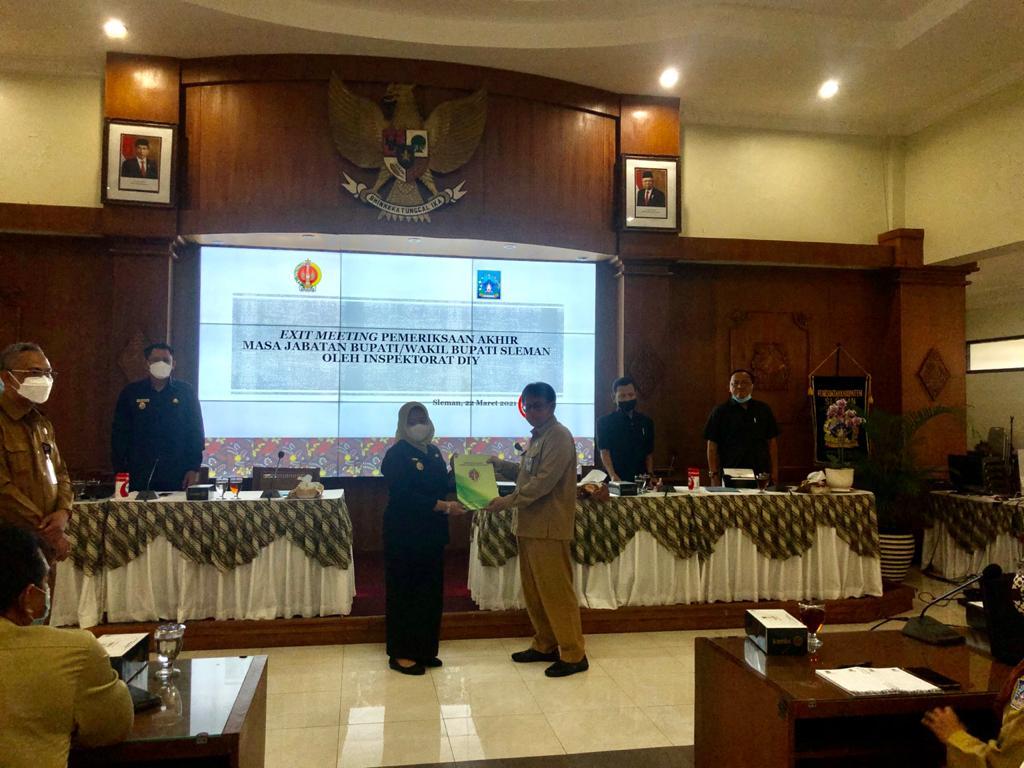 Penyampaian hasil pemeriksaan Akhir Masa Jabatan Bupati Sleman periode 2016-2021 oleh Inspektur DIY